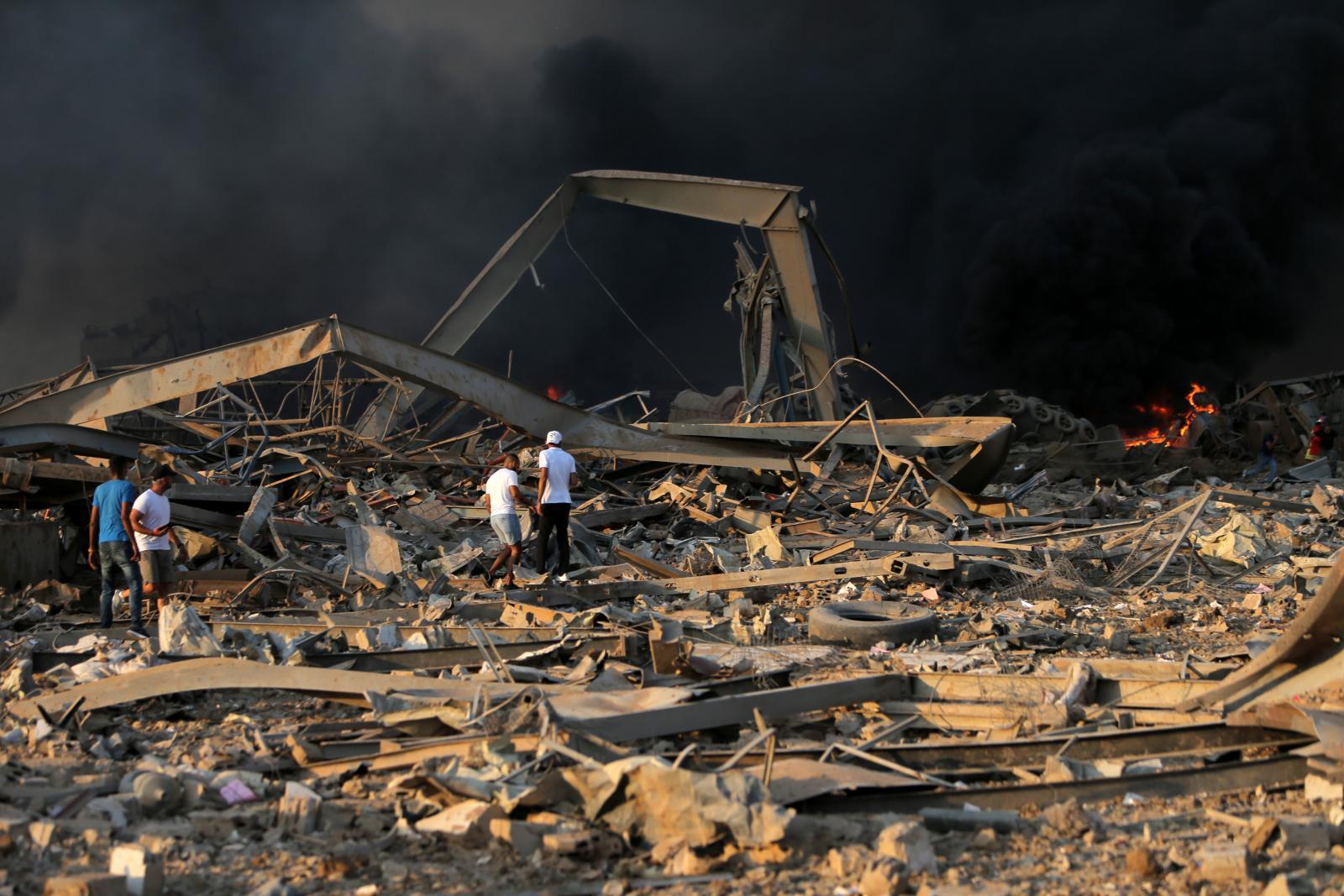 """36 ภาพ """"ระเบิดเลบานอน""""  กรุงเบรุตพังราบ"""