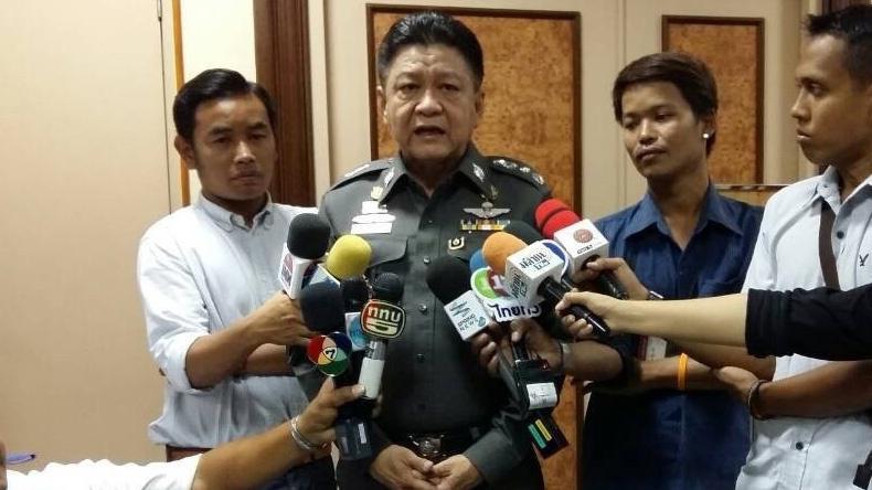 """""""ประวุฒิ"""" ปัดย้าย 5 นายพลเอี่ยวโรฮีนจา - ออกหมายศาลจับแล้ว 50 คน"""