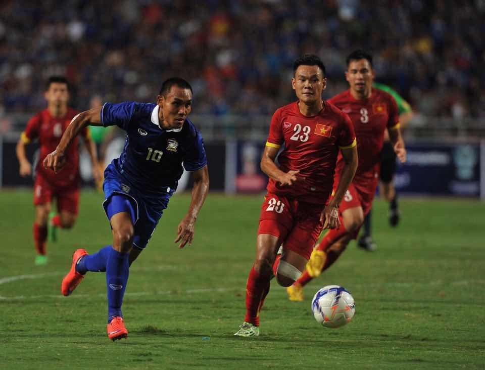 """""""ปกเกล้า อนันต์""""ซัดประตูช่วยทีมไทย ชนะ เวียดนาม 1-0"""