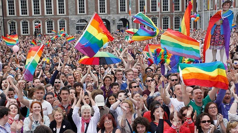 เสมอภาค! ไอร์แลนด์แก้รธน.แต่งงานเพศเดียวกันถูกกฎหมาย