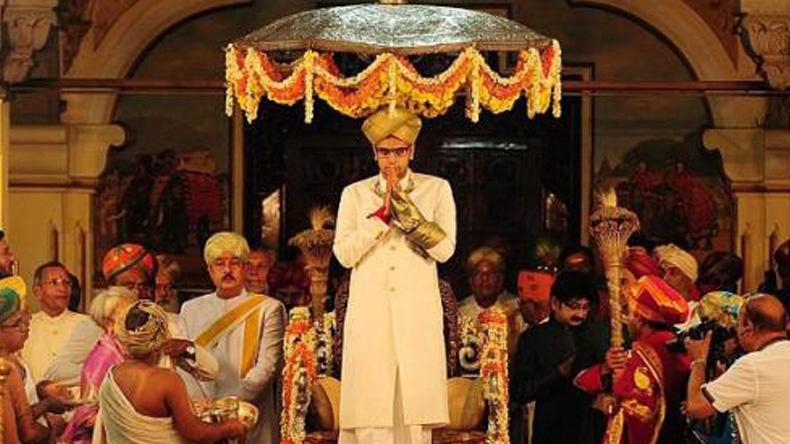 """ราชวงศ์ """"โวเดยาร์"""" ของอินเดียราชาภิเษกมหาราชาองค์ใหม่"""
