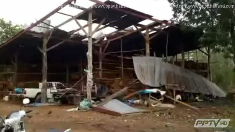 ฝนถล่มเพชบูรณ์ น้ำป่าไหลหลากซัด 2 หมู่บ้านเสียหายหนัก