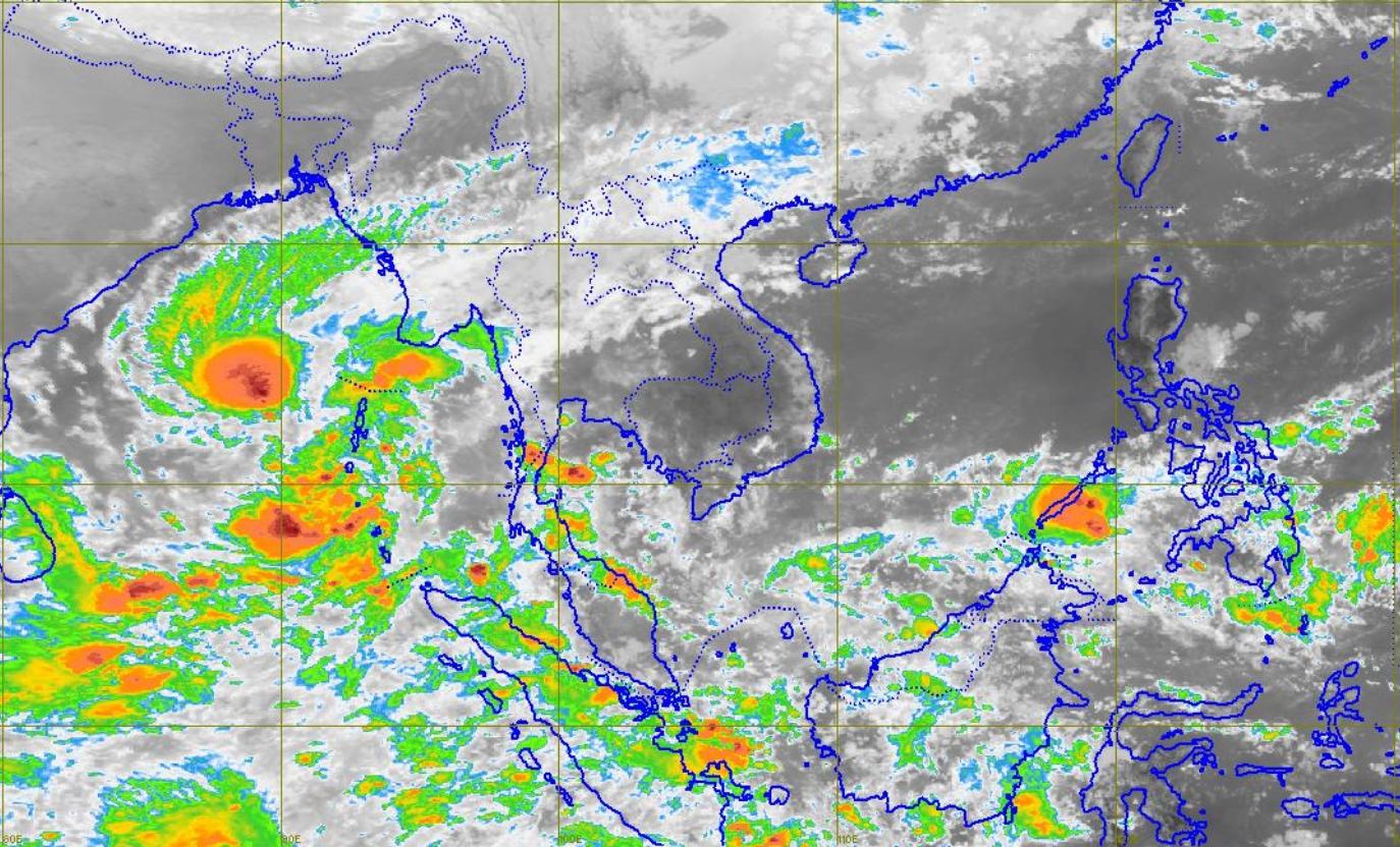 กรมอุตุฯ เผย ใต้ฝนลดลง - อ่าวไทยคลื่นสูง 2 เมตร