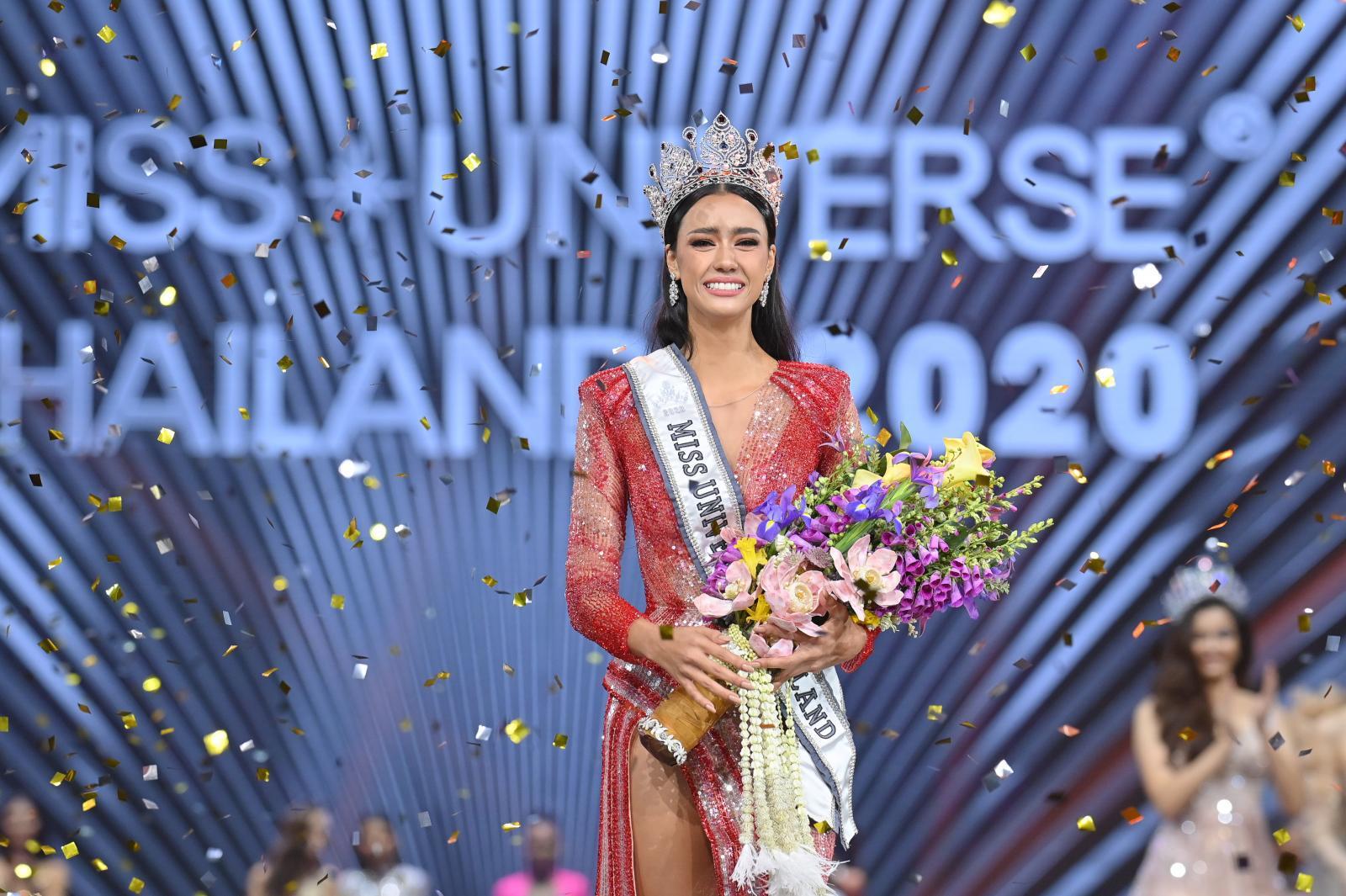 """เปิดประวัติ """"อแมนด้า ออบดัม"""" Miss Universe Thailand 2020"""