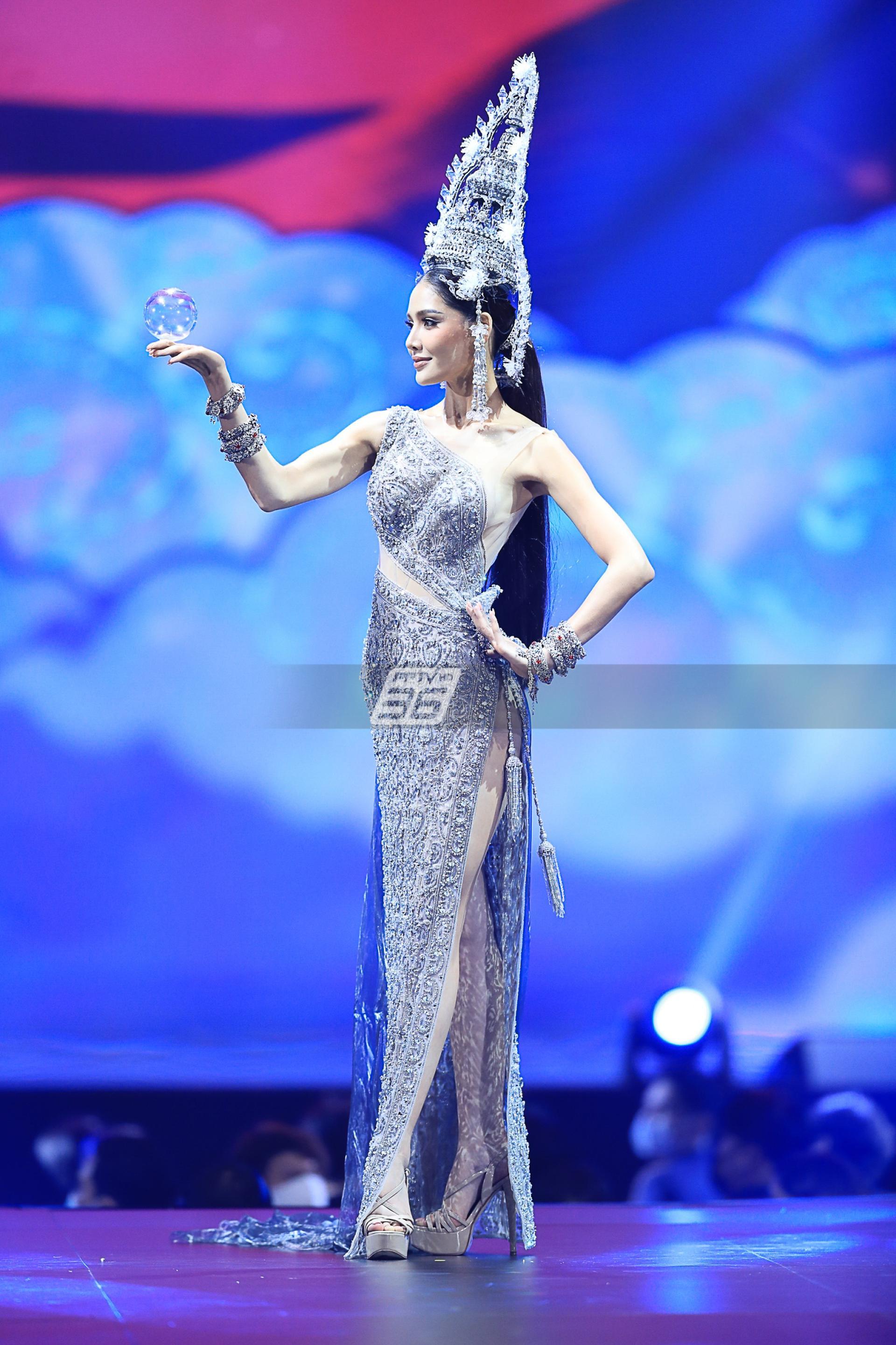 30 ชุดประจำชาติ บนเวที Miss Universe Thailand 2020