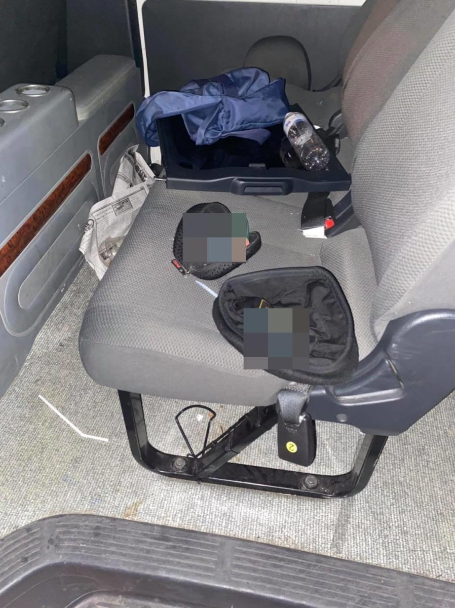 รองผบช.น. แจงเหตุใช้แก๊สน้ำตา ยันไม่ได้ใช้กระสุนจริง - สั่งสอบไอซ์ในรถตู้ สน.บุคคโล