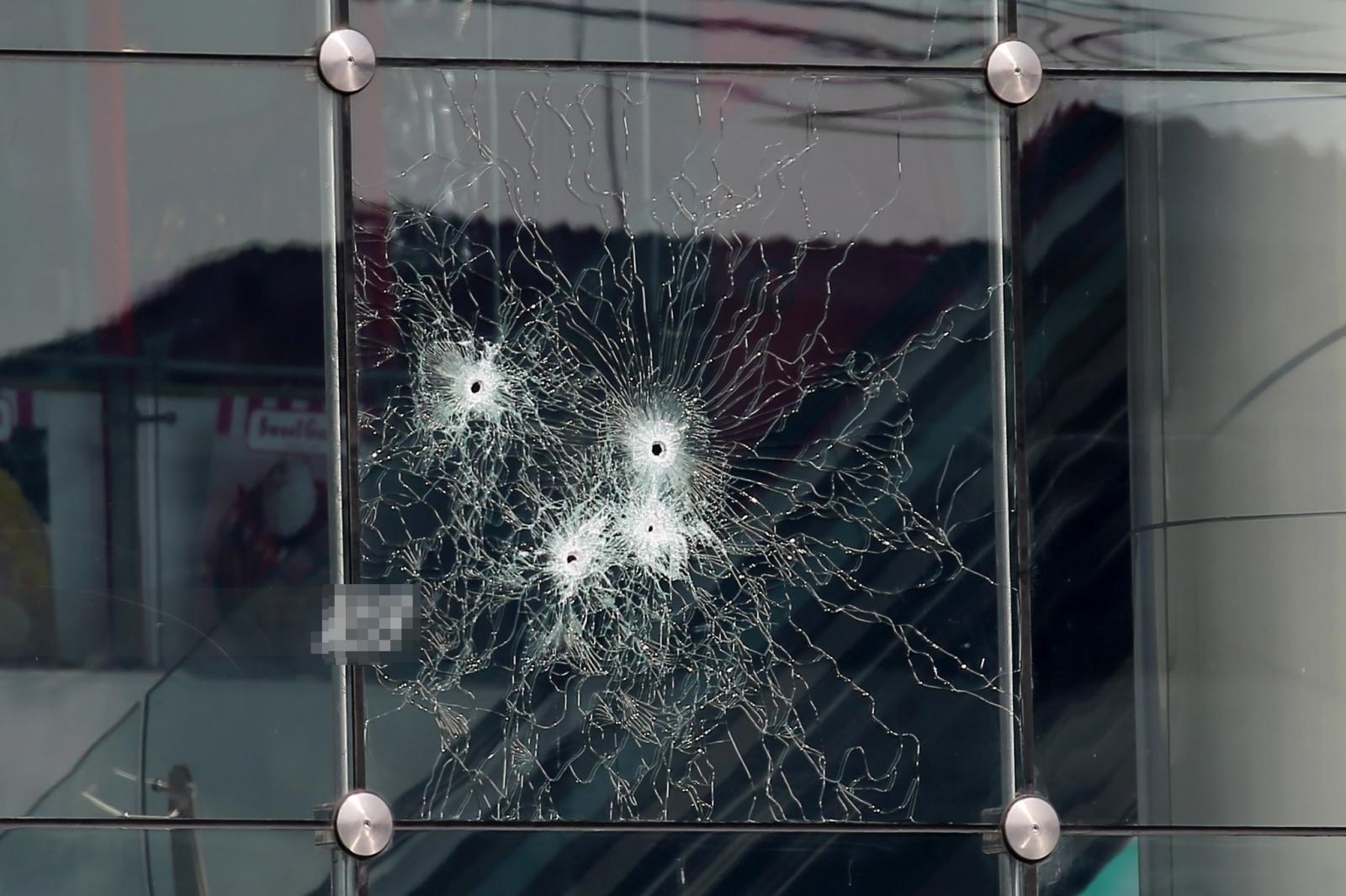 """36ข่าวแห่งปี : """"จ่าคลั่ง"""" กราดยิง โศกนาฏกรรมกลางเมืองโคราช เปิดปมฉ้อฉลในค่ายทหาร"""