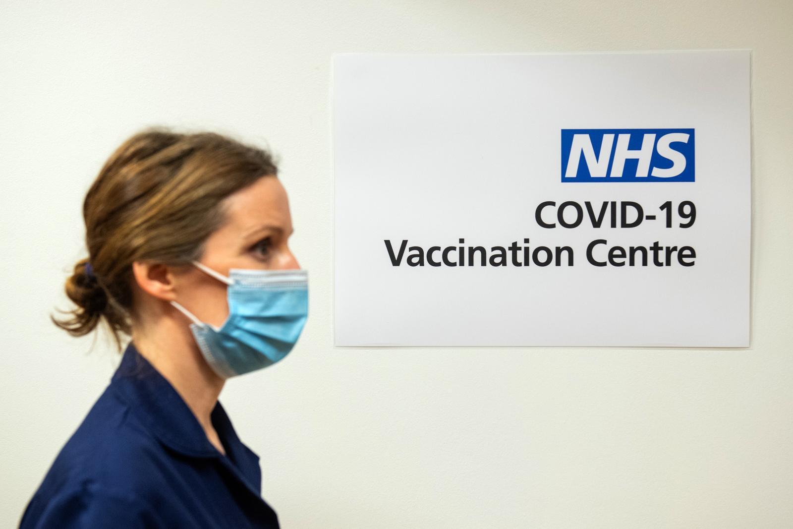 อังกฤษ เริ่มฉีดวัคซีนโควิดทั่วประเทศวันแรก เชื่อปชช.ใช้ชีวิตปกติได้ มี.ค. ปีหน้า