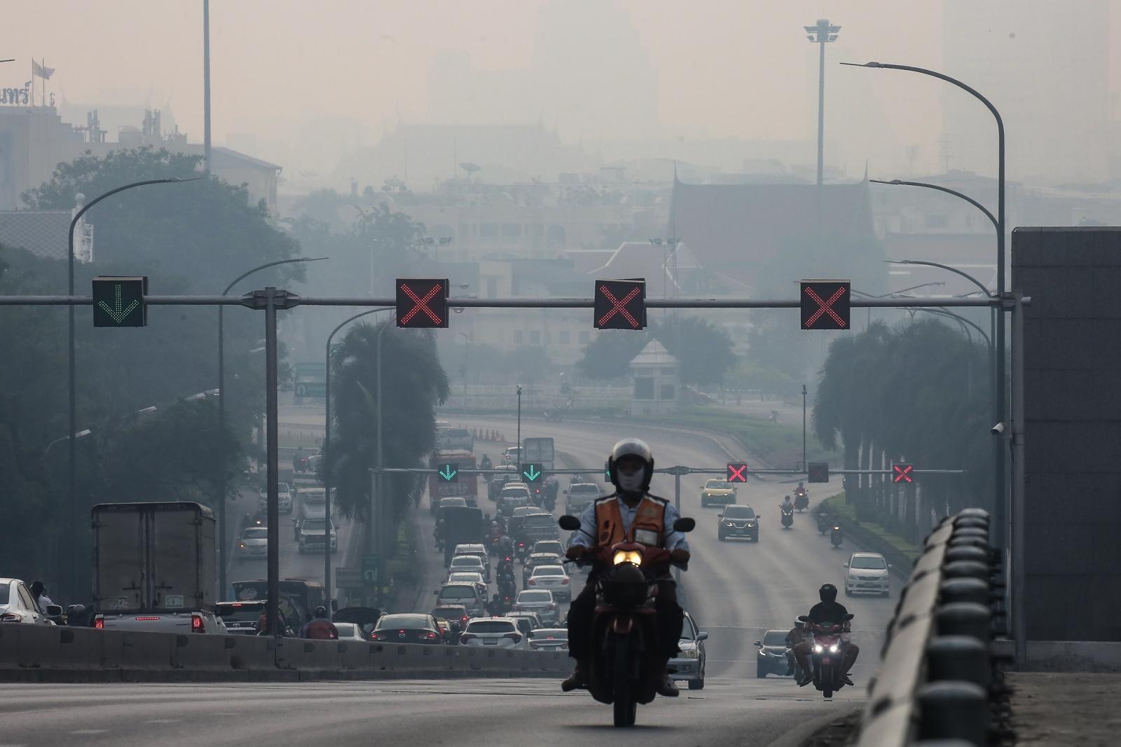 """สร้าง """"เมืองเดินได้-เมืองกระชับ"""" หนึ่งในทางรอด PM2.5"""