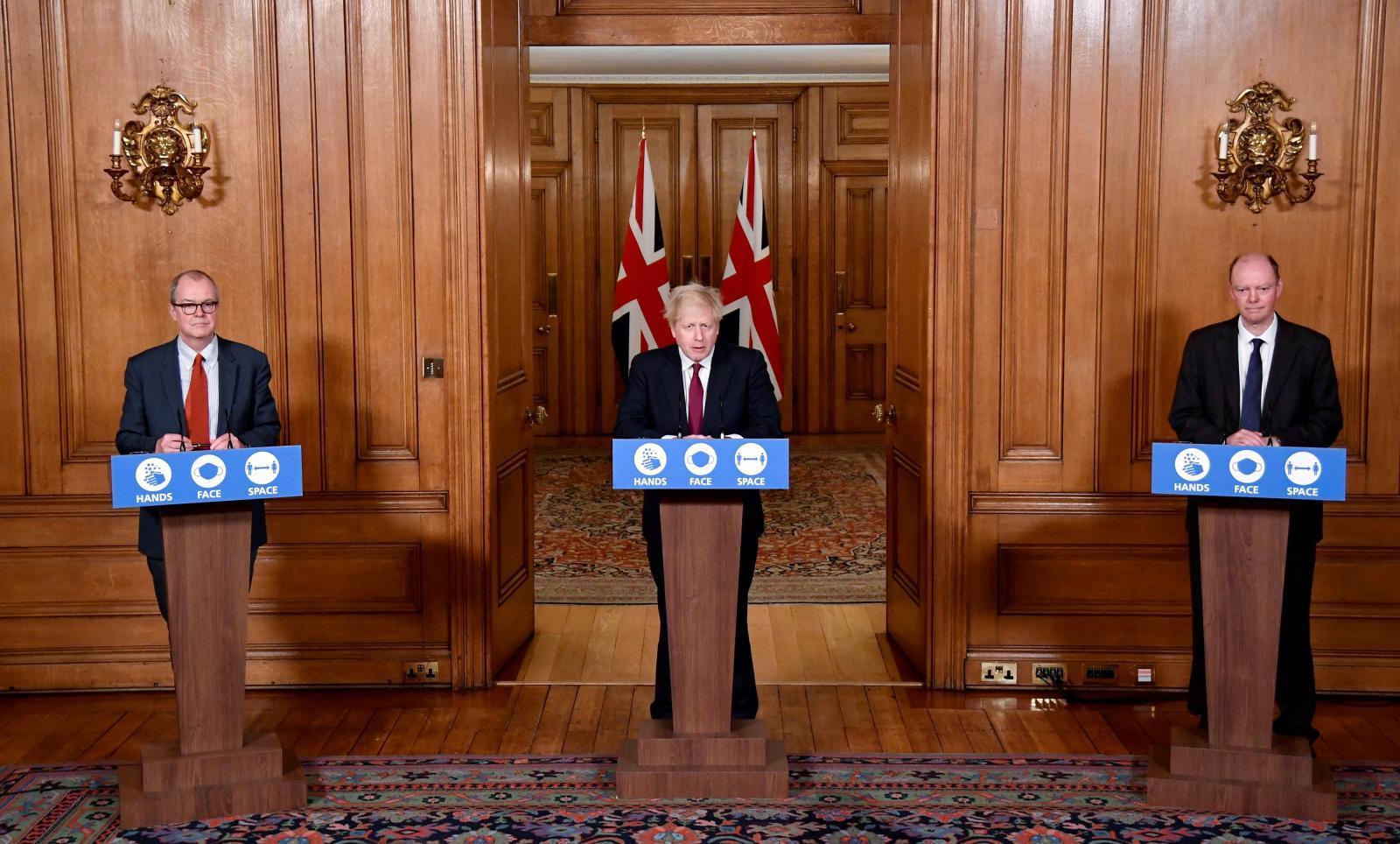 """อังกฤษเข้มใช้ """"เทียร์ 4"""" คุมโควิด-19 ระบาด"""