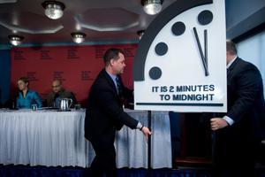 นาฬิกาวันสิ้นโลกอยู่ที่ 100 วิ ก่อนหายนะ