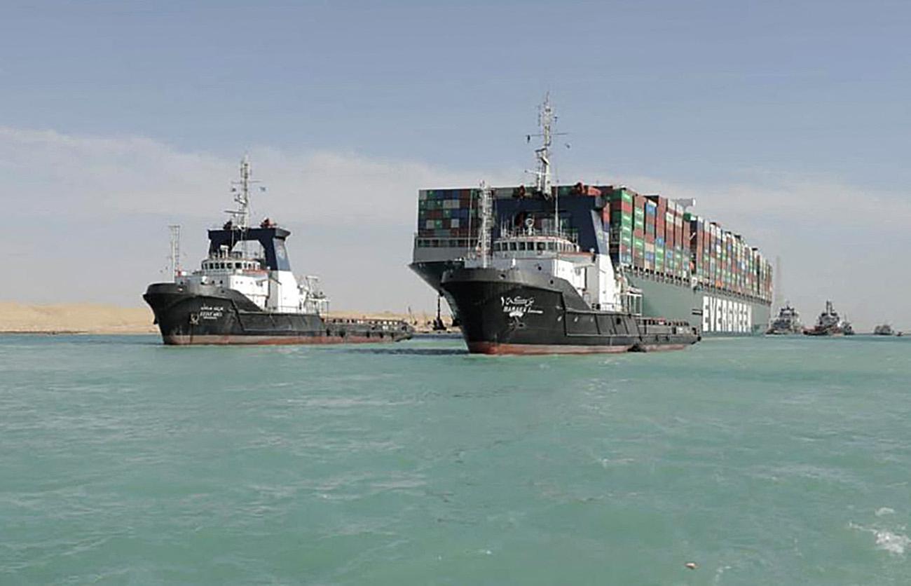 """อียิปต์ เรียกค่าเสียหาย 3 หมื่นล้านบาท เรือ """"เอเวอร์ กิฟเว่น"""" ขวางคลองสุเอซ"""