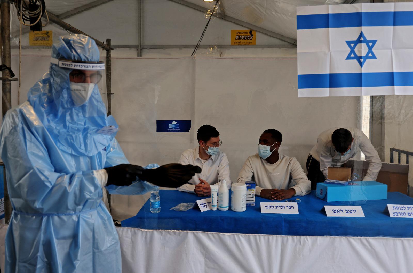 """เจาะแผนอิสราเอล """"เลิกสวมหน้ากากอนามัย"""" หลังฉีดวัคซีนโควิดประสบความสำเร็จ"""