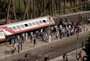 รถไฟอียิปต์ตกราง ดับ 11 ศพ เจ็บเกือบ 100 คน