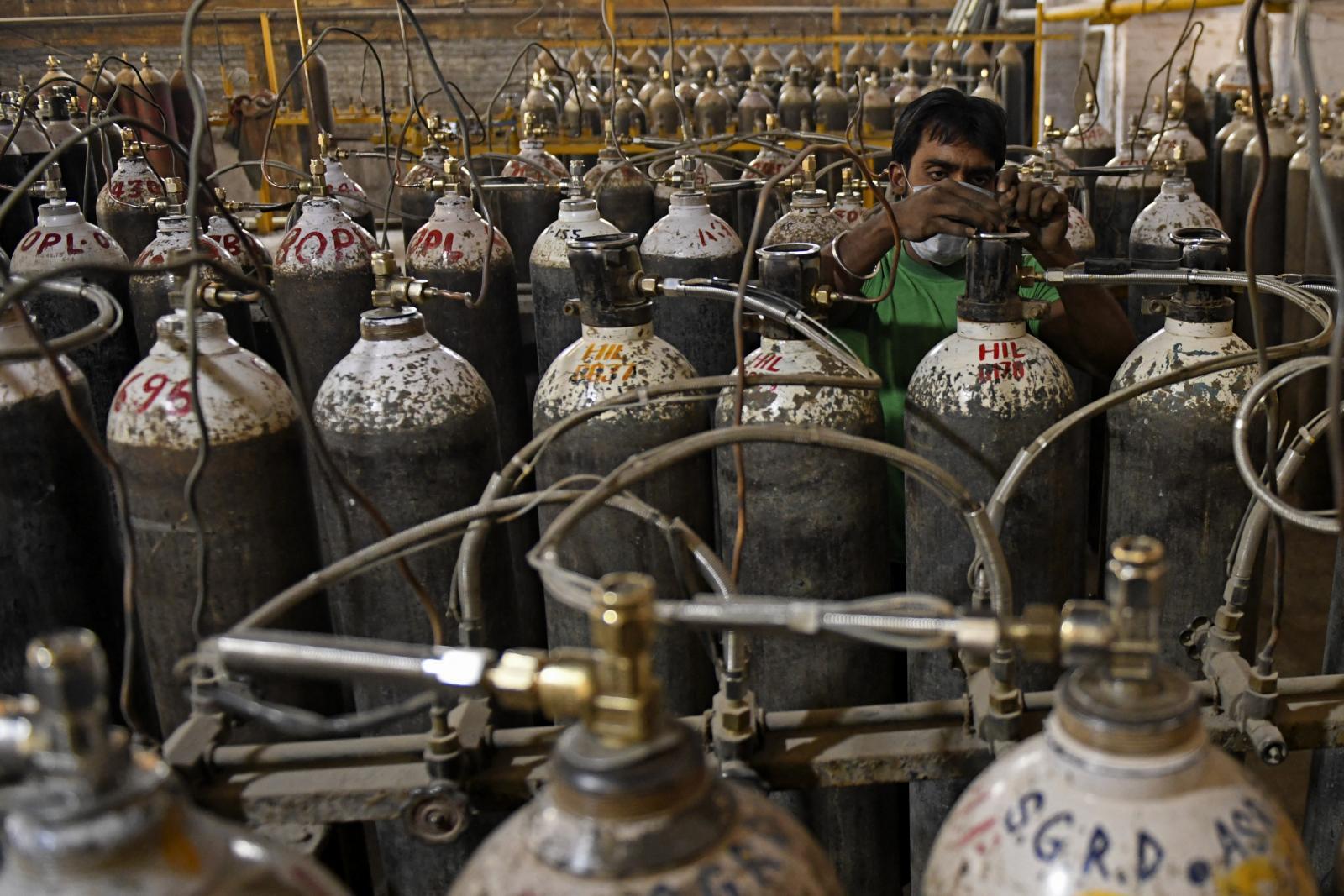 คาดวิกฤตออกซิเจนอินเดียคลี่คลายภายในกลางเดือน พ.ค.