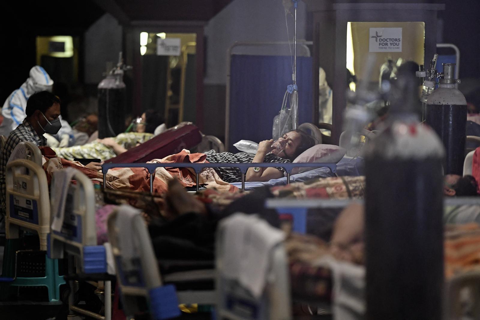 """อินเดียเคราะห์ซ้ำ ผู้ป่วยโควิด-19 หลายร้อยราย """"ติดเชื้อรากินสมอง"""""""