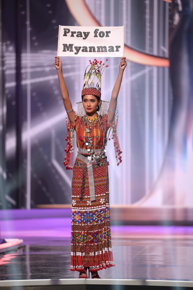 ชุดประจำชาติ Miss Universe 2020 กระบอกเสียงของประชาชน