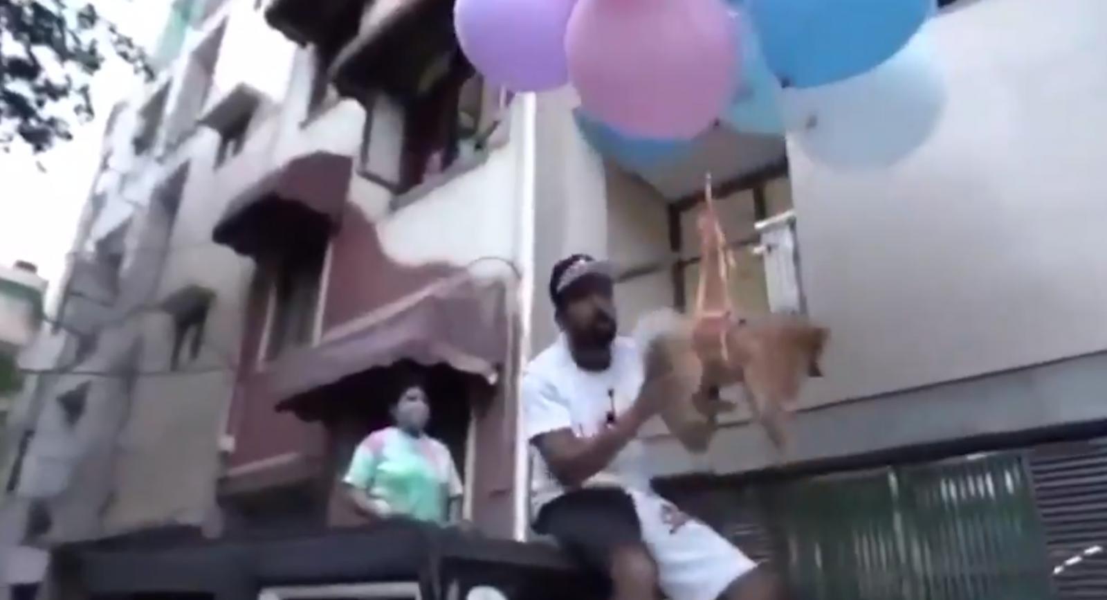 ตร.อินเดีย จับยูทูบเบอร์ดัง ทำคลิปสุนัขผูกติดลูกโป่ง ปล่อยลอยกลางกาศ