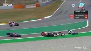 Fabio Di Giannantonio และ Hector Garzo รถชนกันล้ม