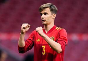 """""""ยอเรนเต้"""" แข้งทีมชาติสเปน รายที่ 2 ติดโควิดในแคมป์"""