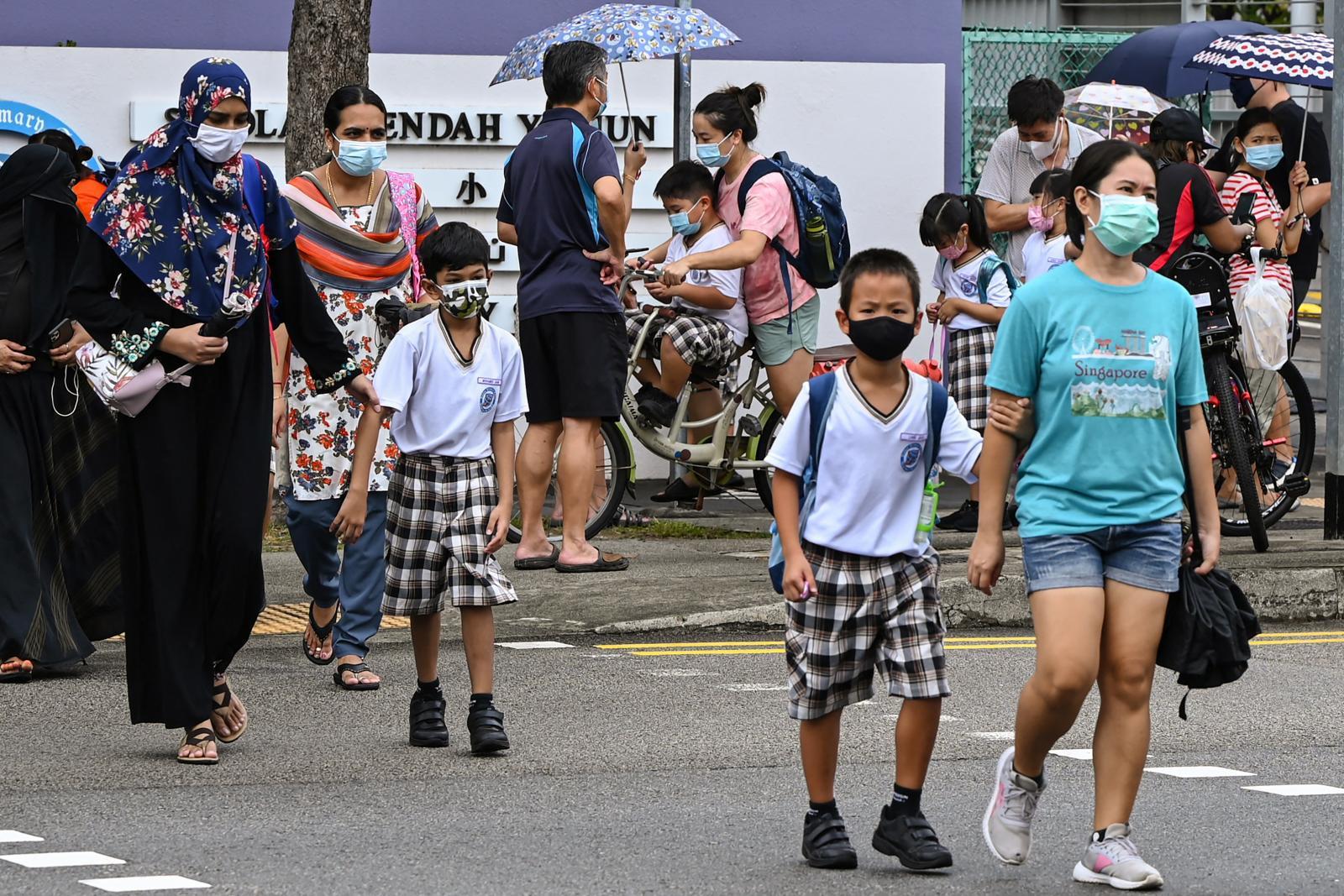 สิงคโปร์ เล็งเปิดเดินทางไม่ต้องกักตัว คาดฉีดวัคซีน ปชช.ครอบคลุม 80% ก.ย.นี้