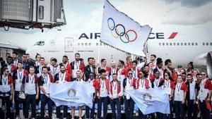 ฝรั่งเศส นำธงเจ้าภาพโอลิมปิก 2024 ถึงกรุงปารีส
