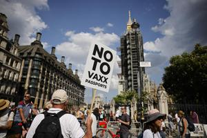 อังกฤษพับแผนพาสปอร์ตวัคซีน