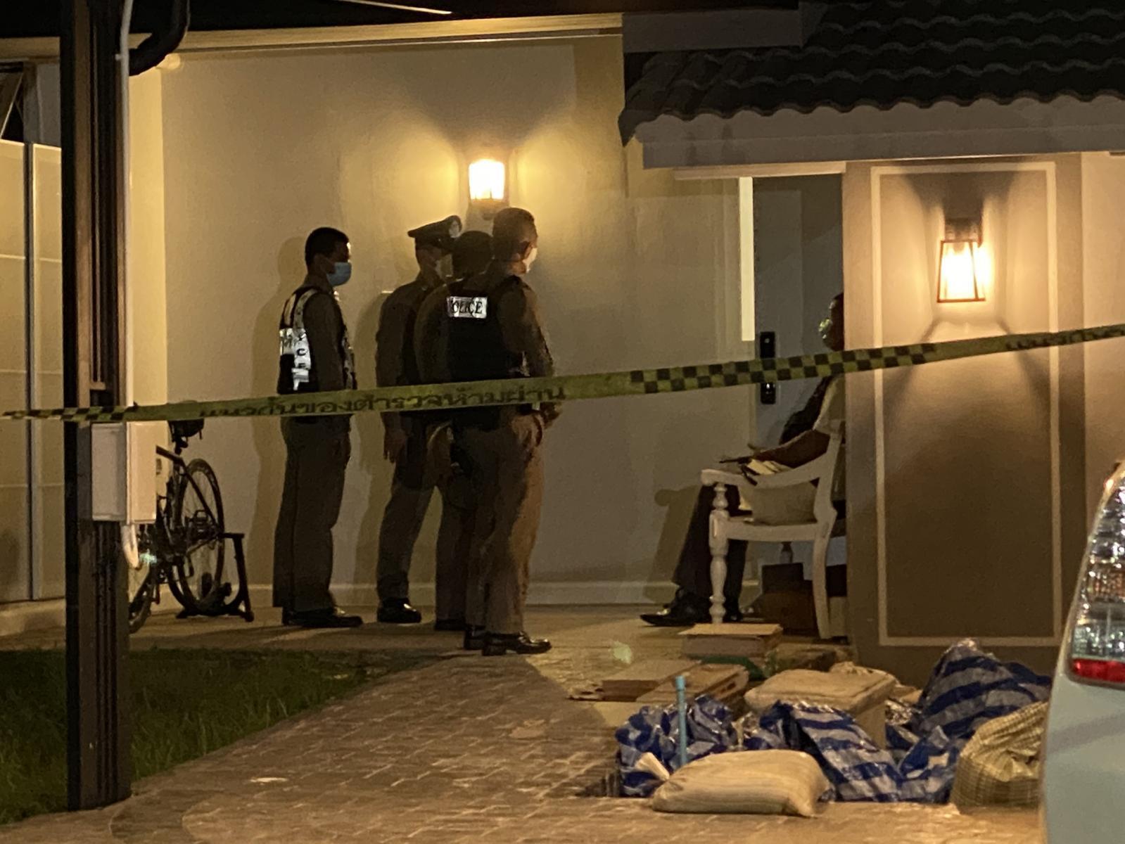 พบร่าง เด็กหญิงวัย 15 ปี ยิงกรอกปากดับในบ้านย่านประชาชื่น ตร.คาดฆ่าตัวตาย