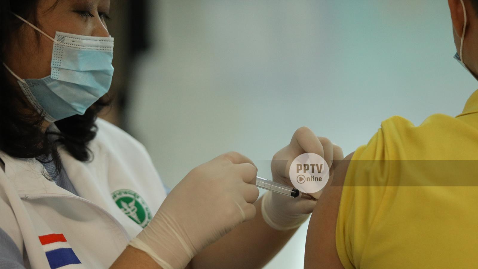 ศรีธัญญา เปิดฉีดวัคซีนผู้ป่วยจิตเวชพร้อมผู้ดูแล 400 คนต่อวัน