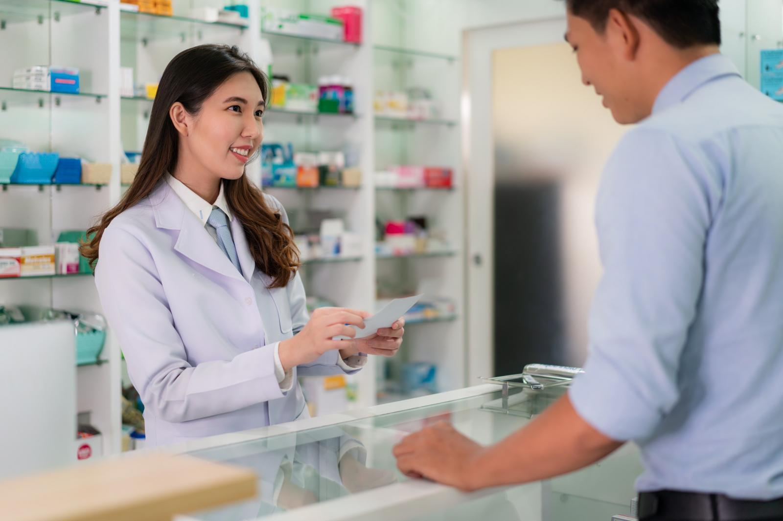 เตือน! ซื้อยาจากร้านขายยาที่ไม่มีเภสัชกรอาจได้รับอันตราย